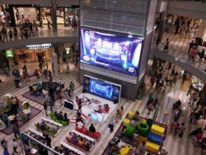 shopping-mall-1431746_1920 (1)